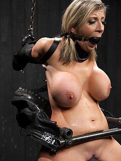 Bondage MILF Porn Pics